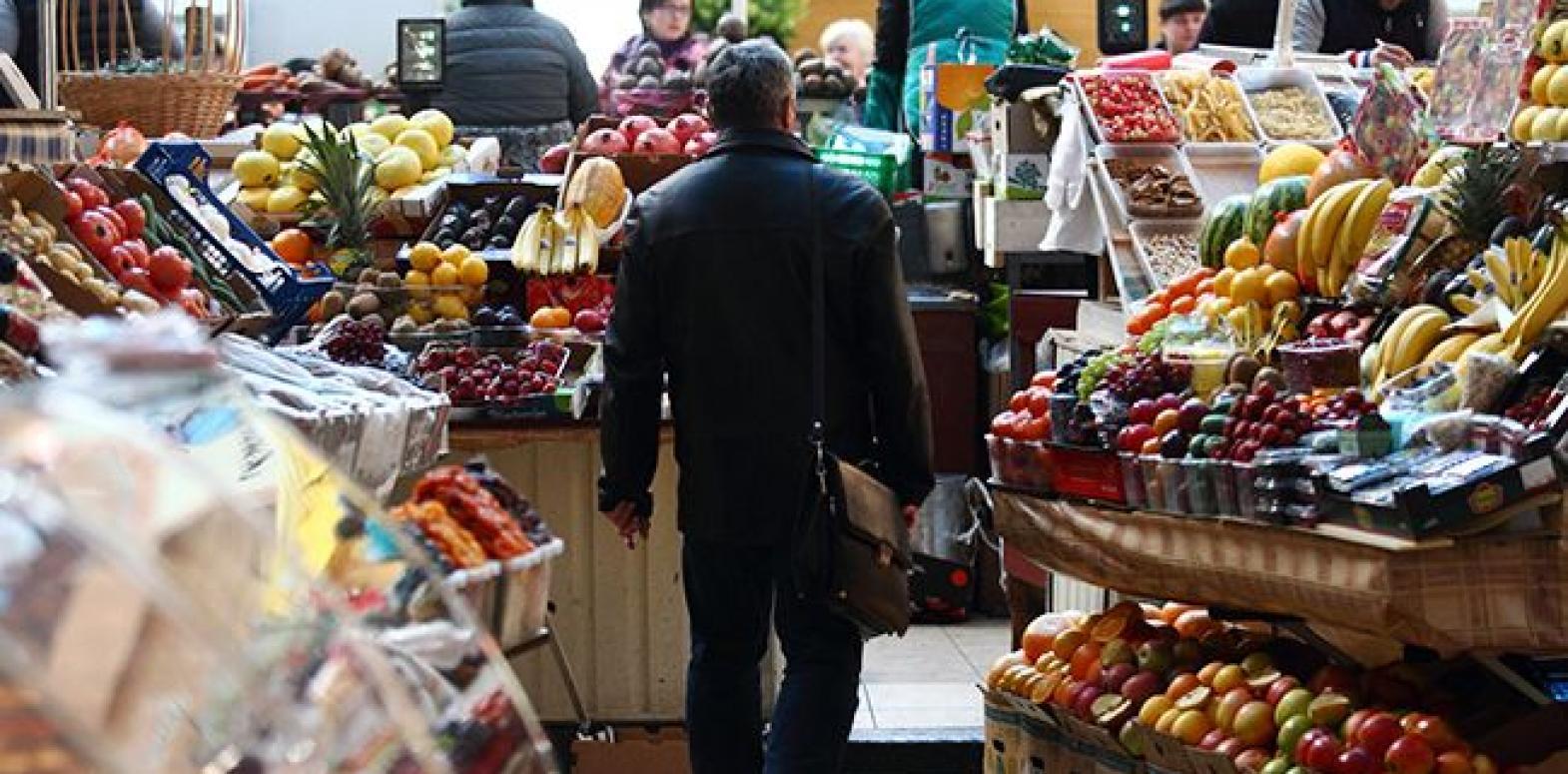 Госстат назвал продукты, больше всего подешевевшие за месяц
